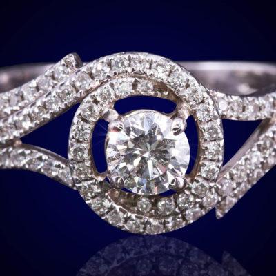 טבעת יהלום משובצת
